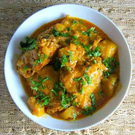 Instant Pot Chicken Curry - Indian curry