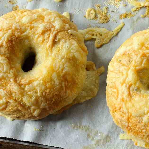 Coachella Cheesy Bagels Recipe
