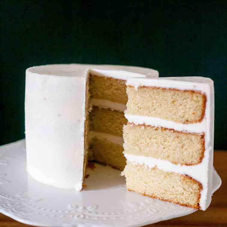 Light and Fluffy Vanilla Cake