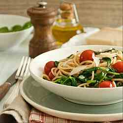 Whole wheat spaghetti with baby spinach