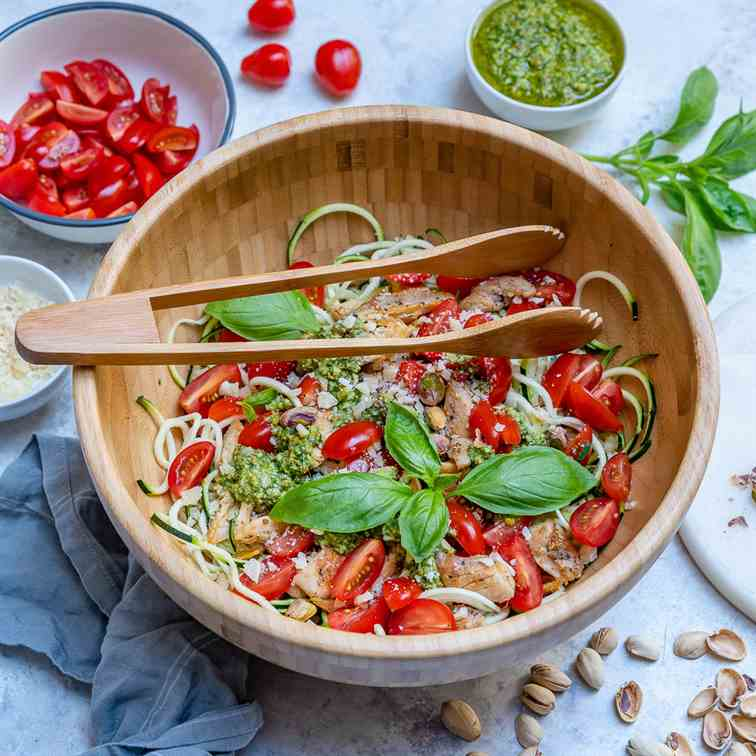 Healthy Pesto Chicken Zoodles