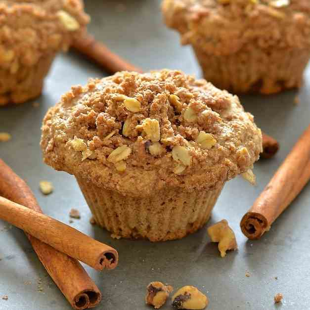 Apple Muffins with Cinnamon Streusel
