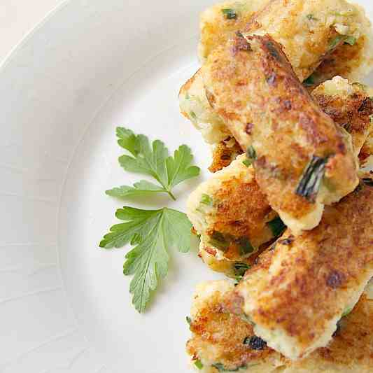 Cauliflower Cheese - Onion Croquettes