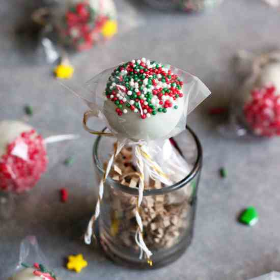 Peppermint Chocolate Truffle Pops