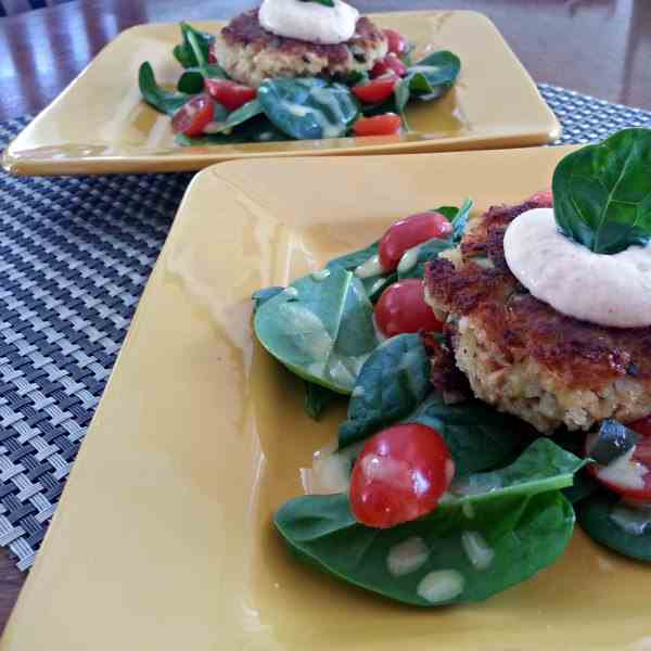SALMON PATTIES WITH SPICY REMOULADE