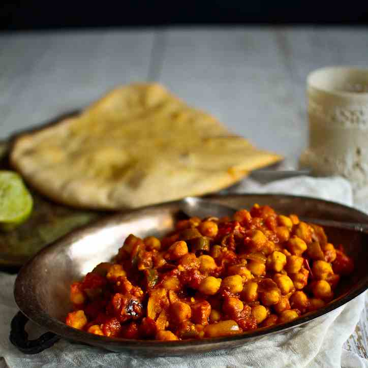 Chana Masala Spicy Chickpea Curry