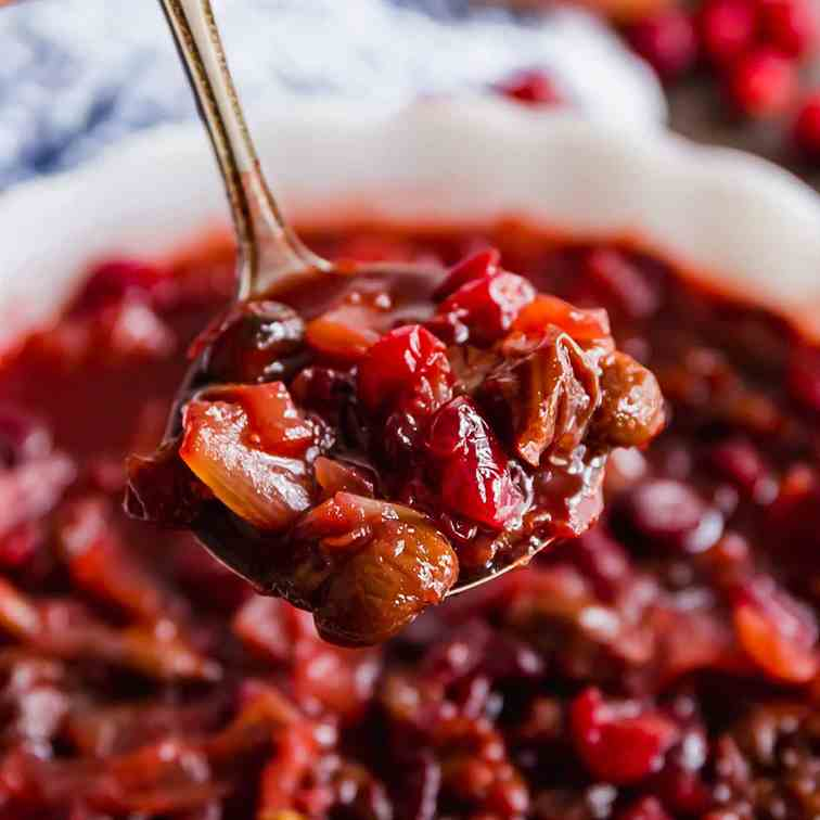 Homemade Cranberry Sauce with Dried Cherri