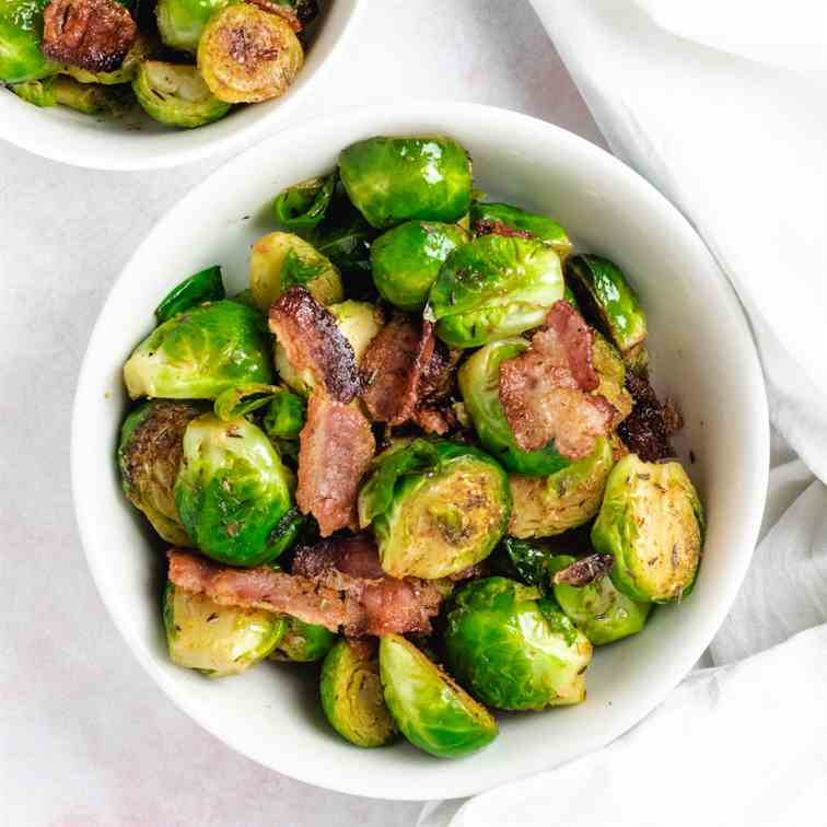 Stir-Fried Brussels Sprouts With Bacon