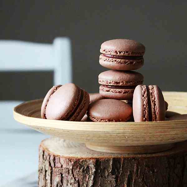 Salted chocolate macarons