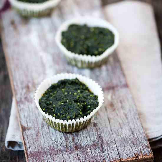 Stinging nettles and quinoa muffins