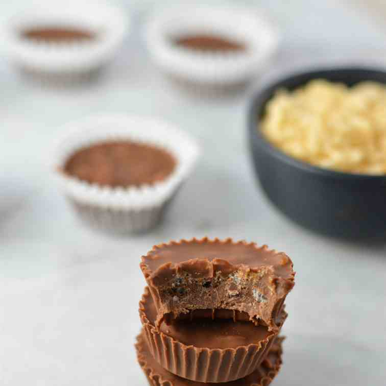 3 Ingredient Mini Crispy Nutella Cups