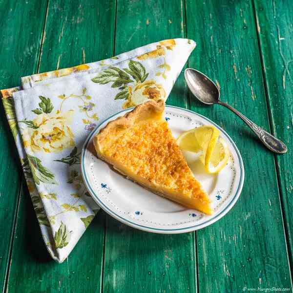 Simple lemon tart