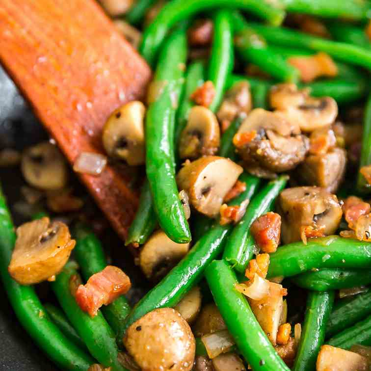Savory Sauteed Green Beans with Mushrooms