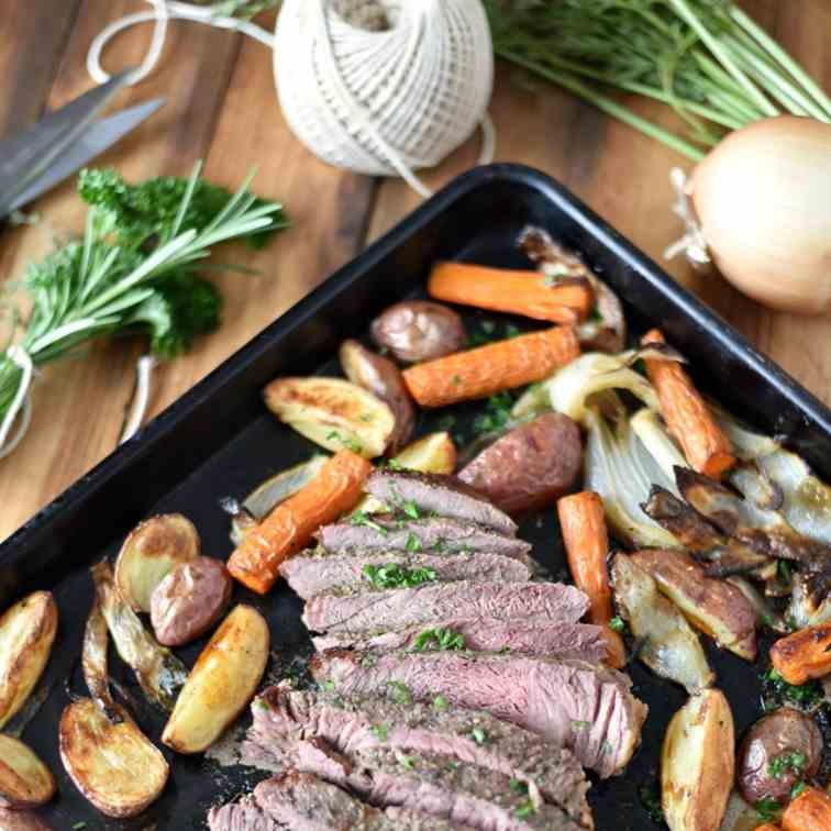 Classic Roast Beef Sheet Pan