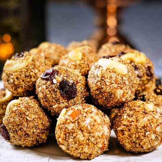 Amaranth Energy Balls with Dates