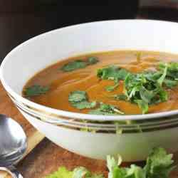 Thai pumpkin & red lentil soup