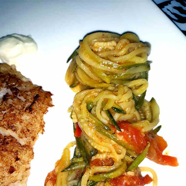 Zoodles with Cream Sauce and Tomatoes