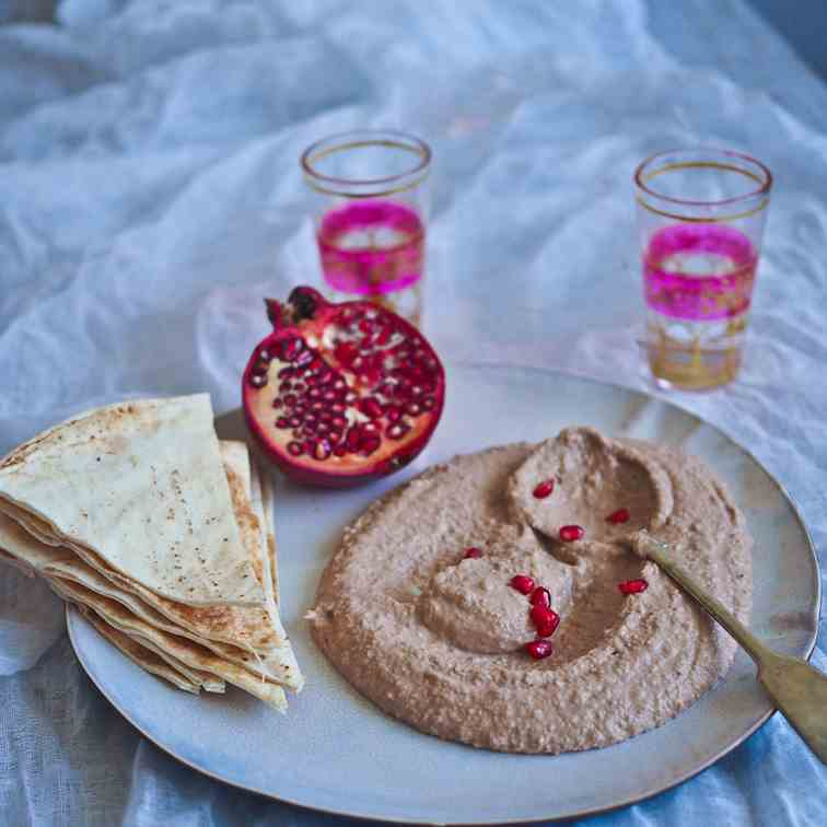 Pomegranate - Walnut Hummus
