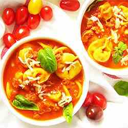 Tortellini Soup with Italian Sausage ( Qui
