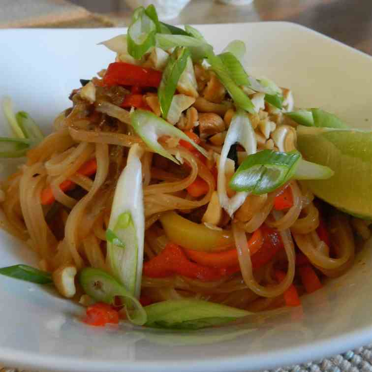 Spicy Cashew Noodles