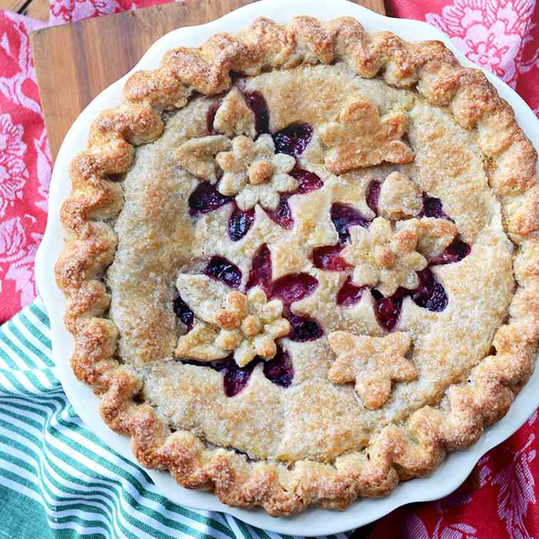 Magnificent Mixed Berry Pie