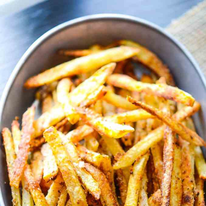 Extremely Crispy Oven Baked French Fries