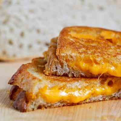 Benny - Joon Grilled Cheese Sandwiches
