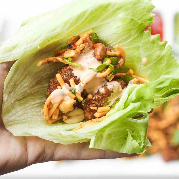 Szechuan Chicken Lettuce Wraps with Spicy