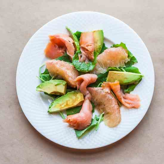 Smoked Salmon, Avocado, and Grapefruit Sal