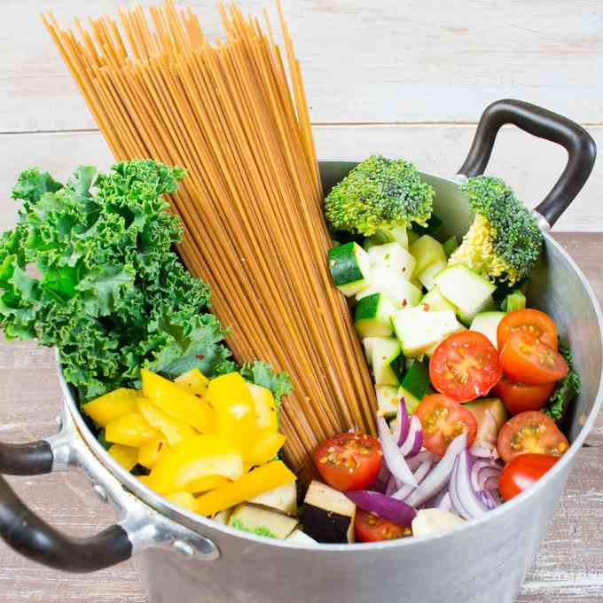 One Pot Spaghetti with Vegetables