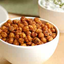 Spicy Fajita Roasted Chickpeas