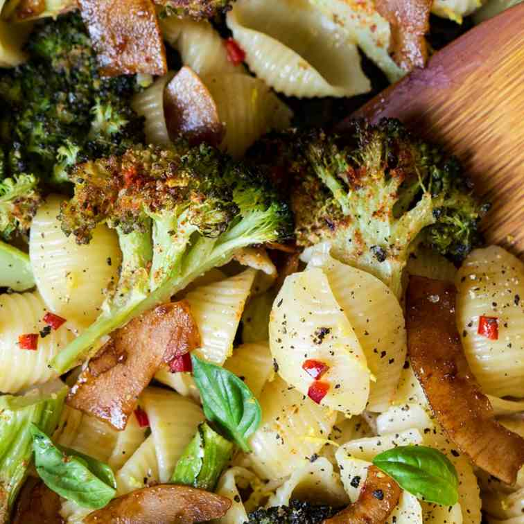 Broccoli orecchiette with vegan bacon