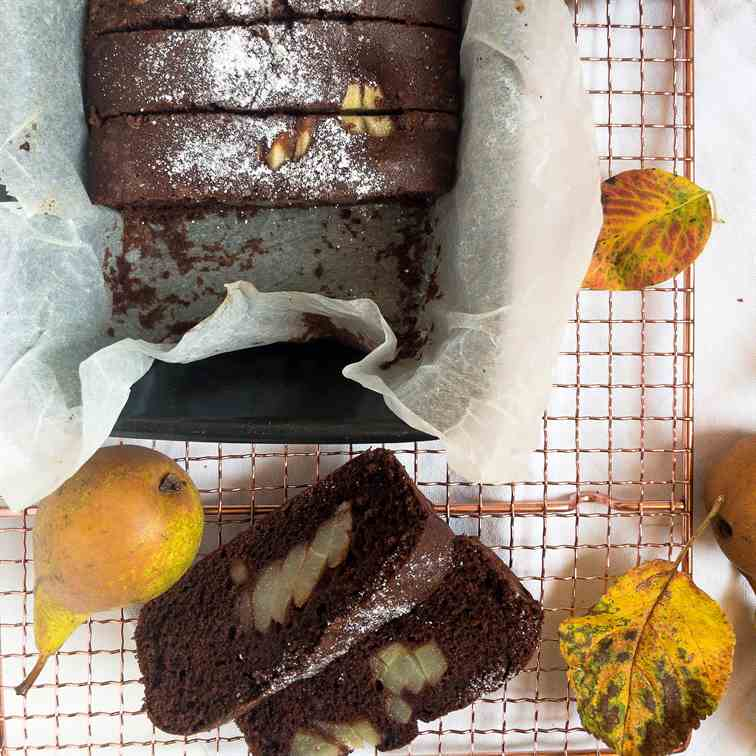 Gluten-free chocolate and pear loaf cake