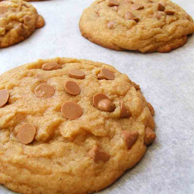 Brown butter caramel chip cookies
