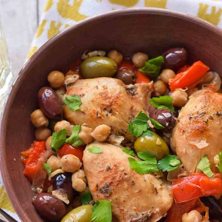 Slow Cooker Chicken with Olives - Peppers