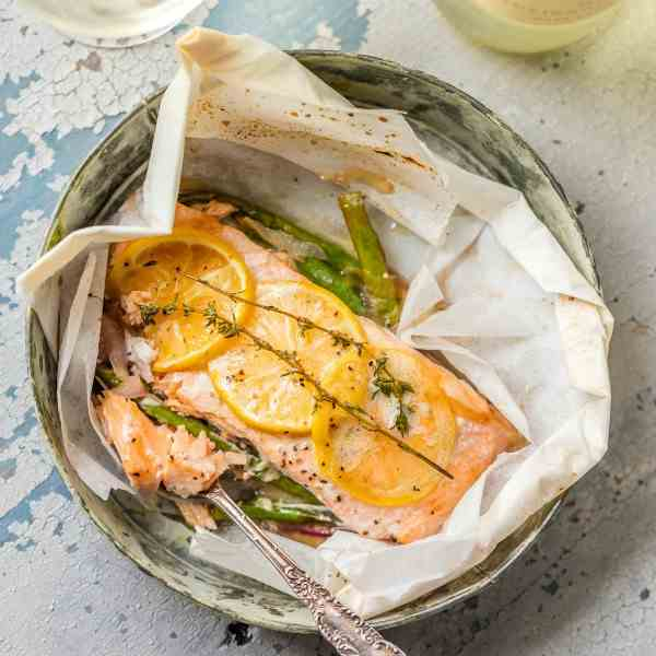 Lemon Butter Salmon in Parchment
