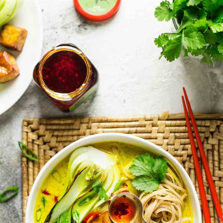 Ginger and turmeric broth