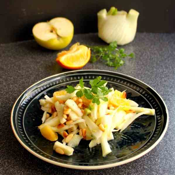 Fennel Salad with Apple and Orange