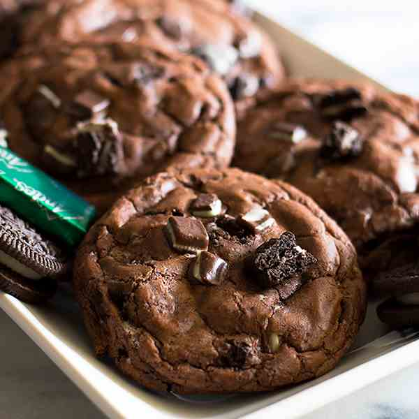 Small-batch Chocolate Cookies With Oreos a