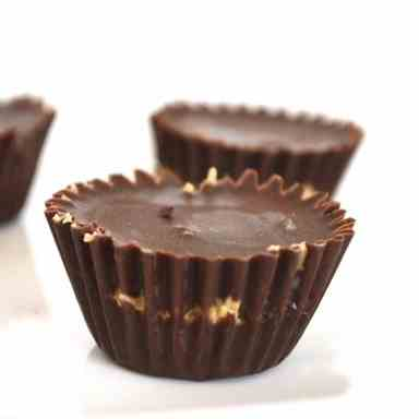 Raw Chocolate Peanut Butter Cups