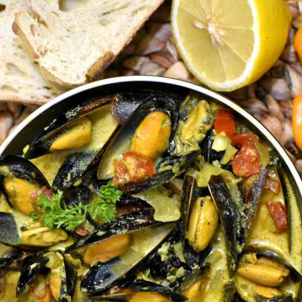 Caribbean Coconut Mussel Curry