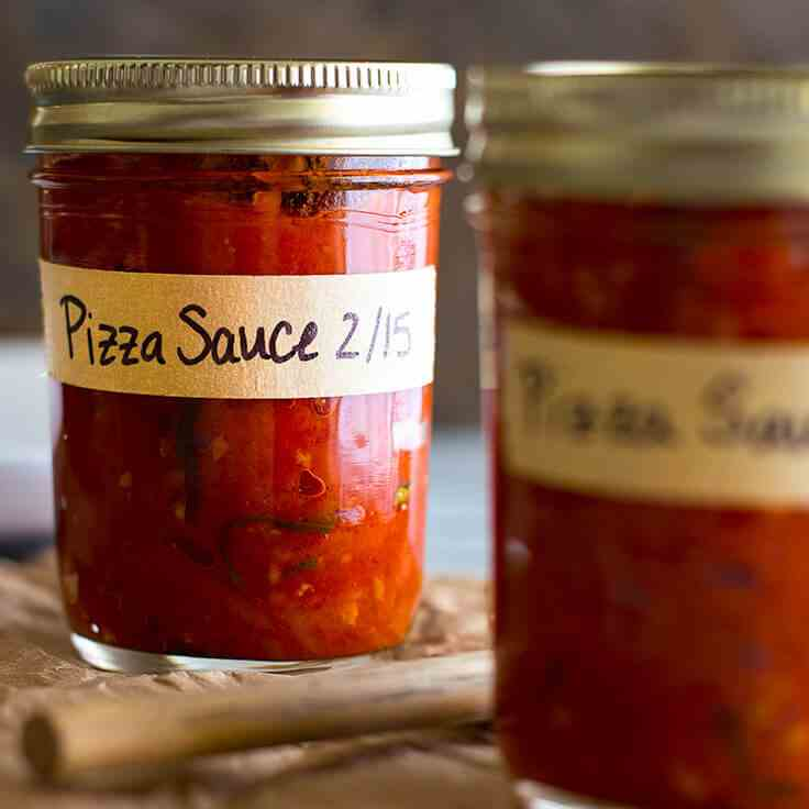 The Best Homemade Pizza Sauce