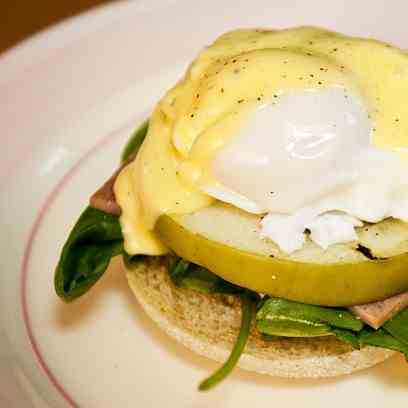 Apple Ham Eggs Benedict