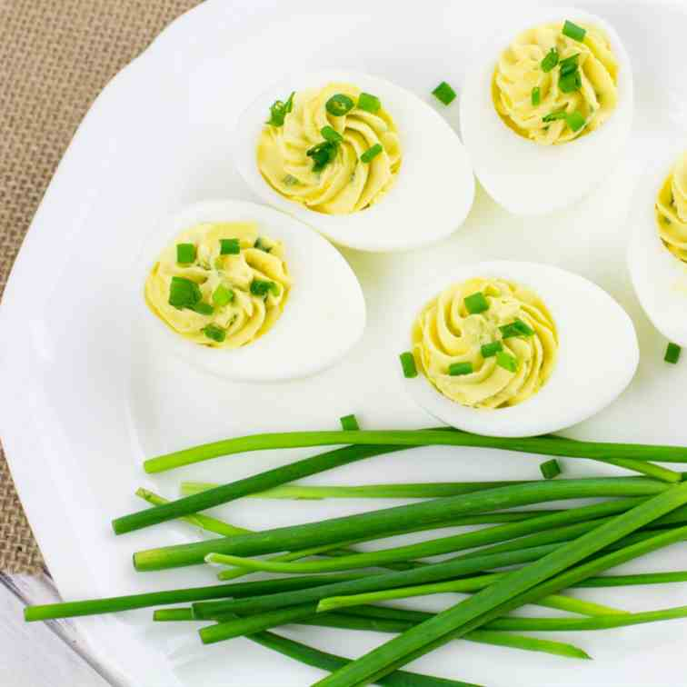 Healthy Greek Yogurt Deviled Eggs Recipe