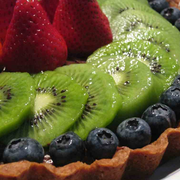 Fruit Tart with Chocolate Pastry Cream