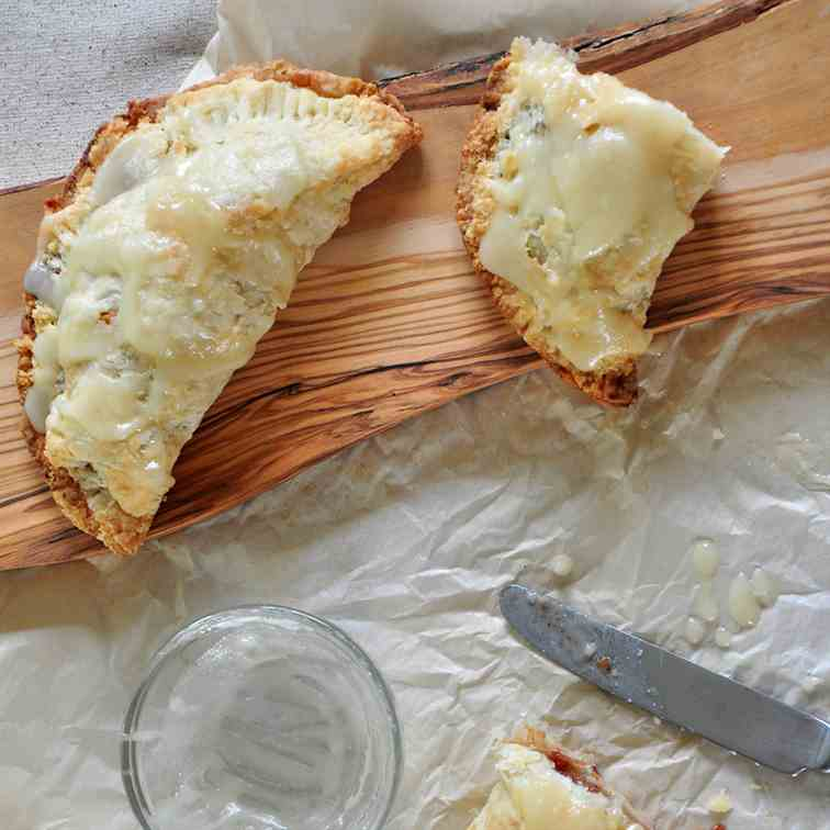 Tasty Apple Hand Pies