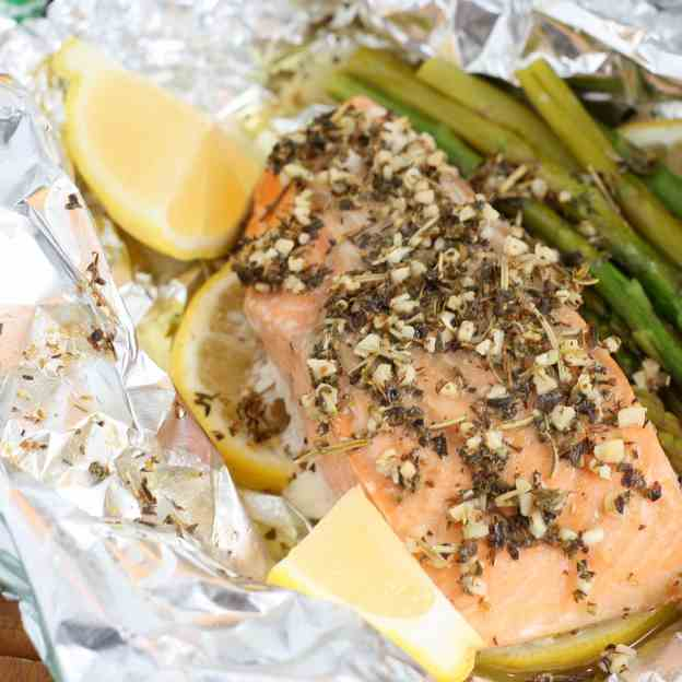Herb Butter Salmon - Asparagus Foil Packet