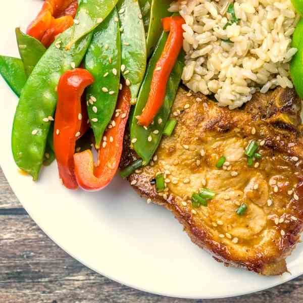 One-Pan Honey Sriracha Glazed Pork Chops