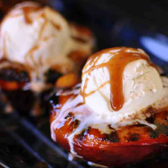Tangy Cardamom Spiced Grilled Peaches