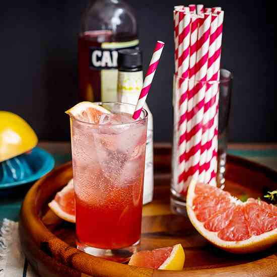 Blushing Grapefruit Collins
